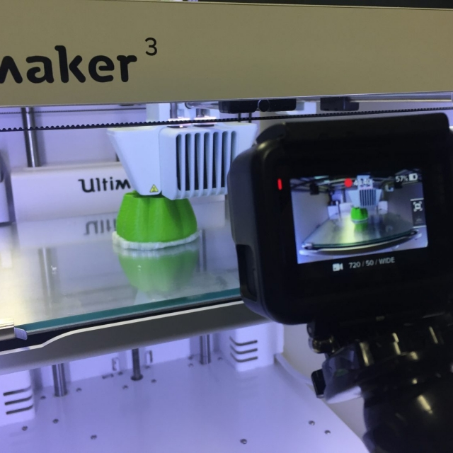 Filming a 3D print of a Future Fruit creation